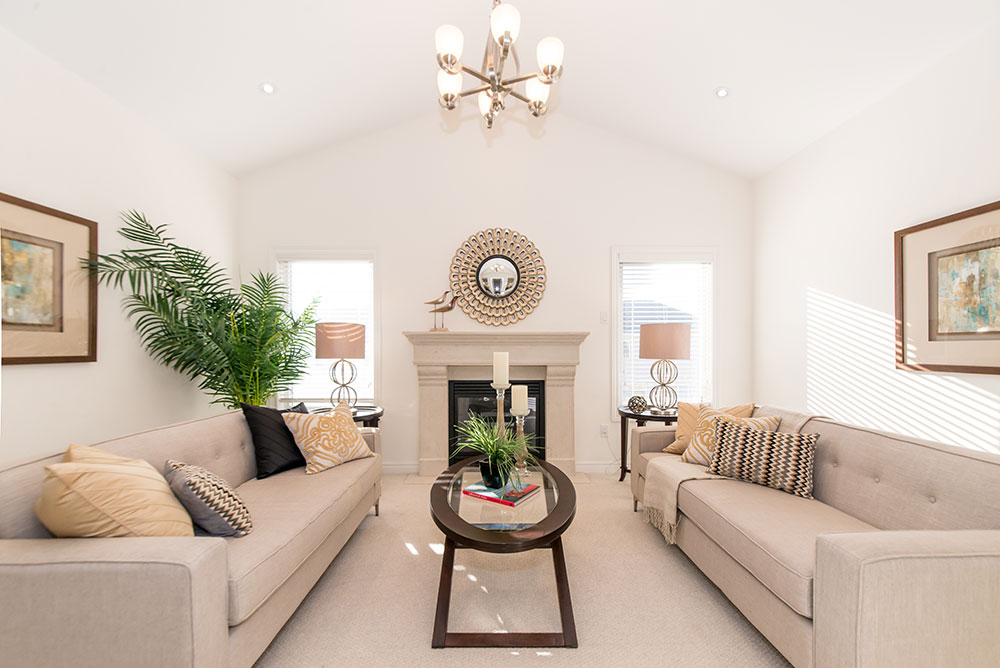 Living Room - Home Staging - Oshawa