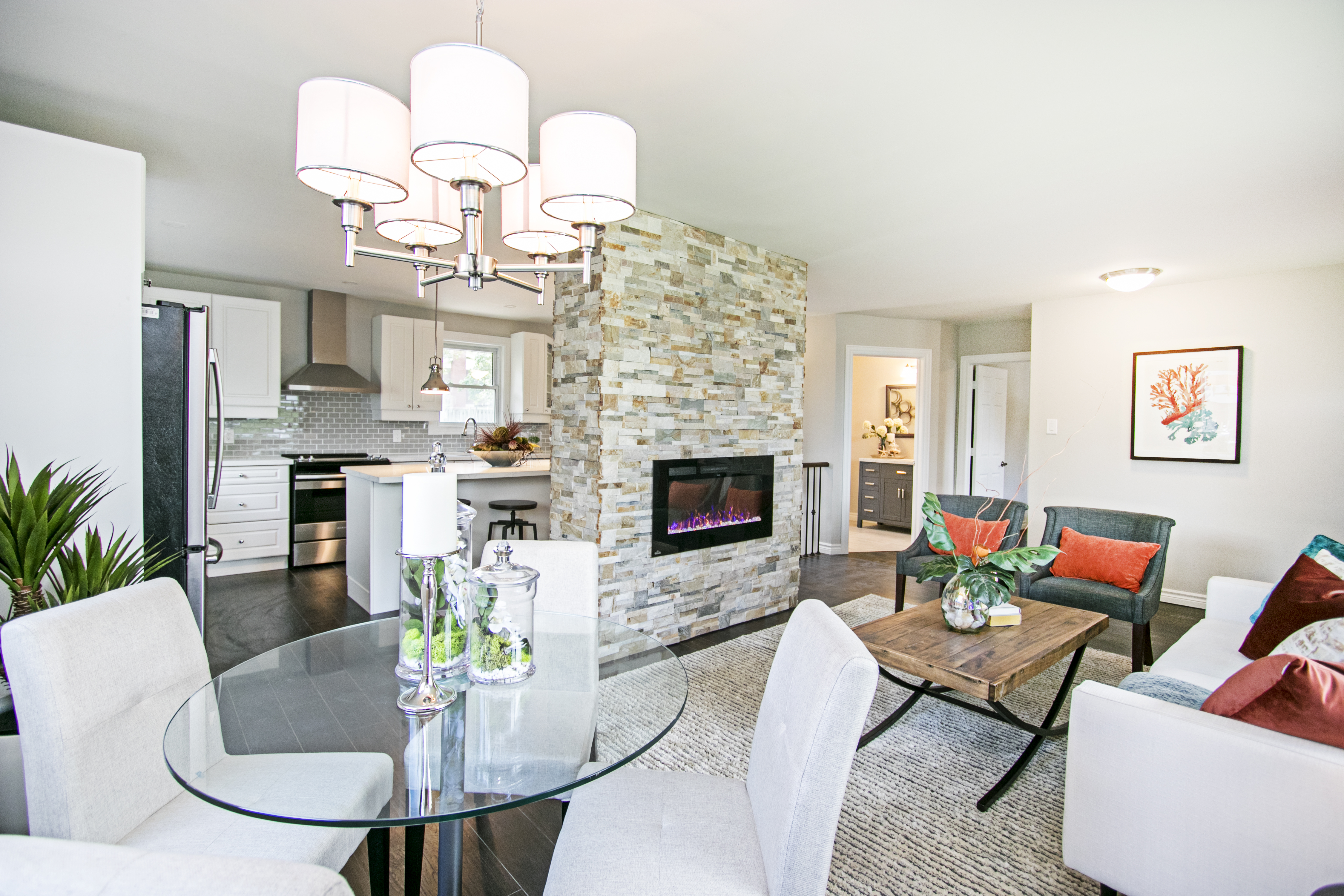 Home Staging Pictures In Courtice, Ajax, Whitby, Oshawa